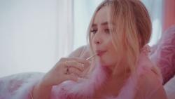 """Sabrina Carpenter - """"Sue Me"""" (2018)"""