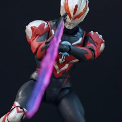 Ultraman (S.H. Figuarts / Bandai) - Page 6 FXMYBriS_t