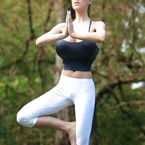 Sexy yoga big tits