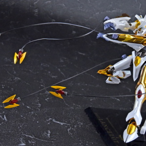 """Gundam : Code Geass - Metal Robot Side KMF """"The Robot Spirits"""" (Bandai) - Page 2 UTJbW3ch_t"""
