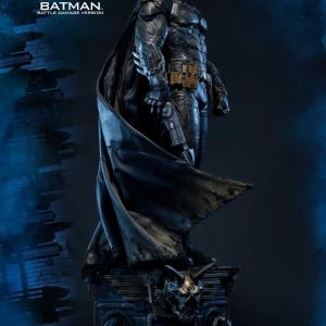Batman : Arkham Knight - Batman Battle damage Vers. Statue (Prime 1 Studio) BABx55HQ_t