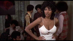 Pam Grier / Marilyn Joi / Leslie McRay / others / Coffy / topless / (US 1973)  Jz9x8pB5_t