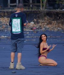 Kim and Kourtney Kardashian