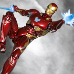 Iron Man (S.H.Figuarts) - Page 16 K38a8vvF_t