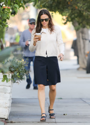 Jennifer Garner - Out and about in Los Angeles 10/30/2018