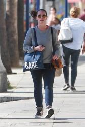 Jennifer Love Hewitt - Leaving a gym in Studio City 11/6/2018 k1j8STEM_t