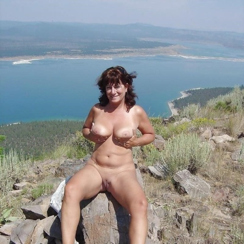 Sexy naked hot moms