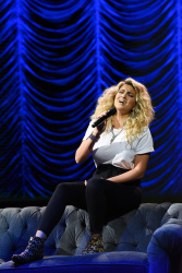 Tori Kelly - The Late Show with Stephen Colbert: August 14th 2019