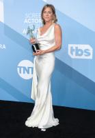 Jennifer Aniston X21AOYe9_t