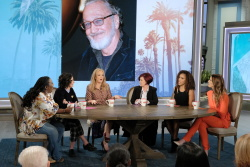 Wendi McLendon-Covey - The Talk: October 22nd 2018