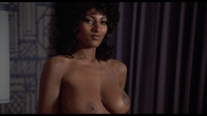 Pam Grier / Marilyn Joi / Leslie McRay / others / Coffy / topless / (US 1973)  CZdFxzRi_t