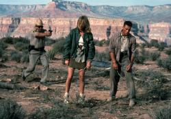 Универсальный солдат / Universal Soldier; Жан-Клод Ван Дамм (Jean-Claude Van Damme), Дольф Лундгрен (Dolph Lundgren), 1992 - Страница 2 Miy54sRi_t