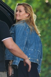 Reese Witherspoon - Out for a meeting in Beverly Hills 10/19/18