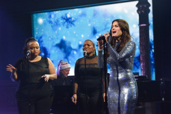 Idina Menzel - The Late Show with Stephen Colbert: December 16th 2019