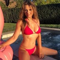 Elizabeth Hurley in Red Bikini 25/1/2020