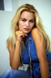 Памела Андерсон (Pamela Anderson) Barry King Photoshoot 1992 (4xHQ) 1BXXMCJY_t