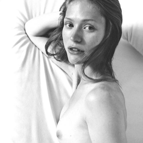 Nude erotic women pics