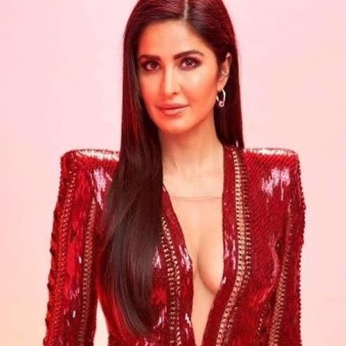 Katrina kaif sexy live