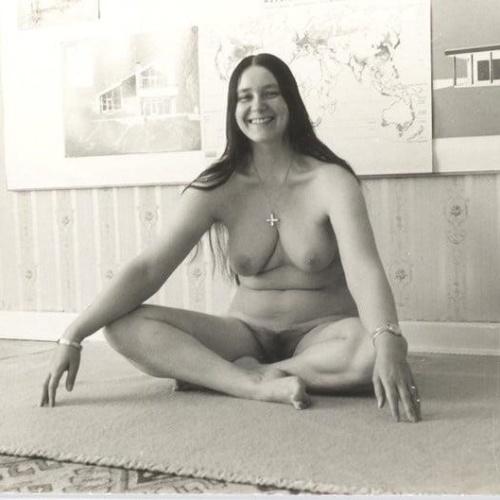 Nude women erotic pics