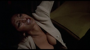 Pam Grier / Marilyn Joi / Leslie McRay / others / Coffy / topless / (US 1973)  I0Y7MlaD_t