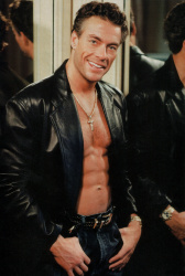 Жан-Клод Ван Дамм (Jean-Claude Van Damme)- сканы из разных журналов Cine-News Go7UjOZp_t