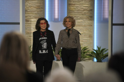 Lily Tomlin & Jane Fonda - The Talk: January 18th 2019