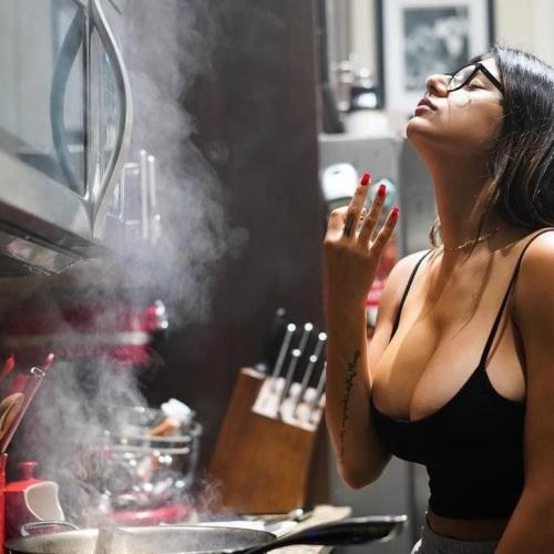 Mia khalifa hd porn online