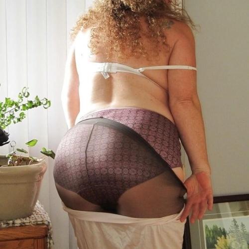 British women in tights