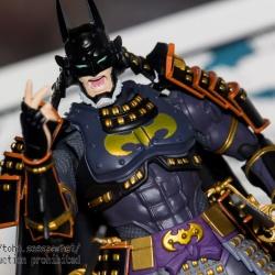 Batman - Page 15 989b3y9y_t