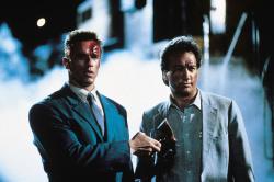 Красная жара / Red Heat (Арнольд Шварценеггер, Джеймс Белуши, 1988) - Страница 2 X3WzISEx_t