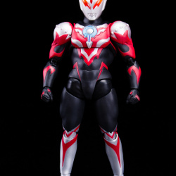 Ultraman (S.H. Figuarts / Bandai) - Page 6 EhteS2p3_t