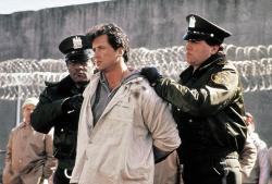 """Взаперти - """"Тюряга """"/ Lock Up (Сильвестер Сталлоне, 1989)  QDW8S95F_t"""