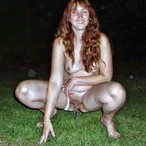 Naked girls peeing outside