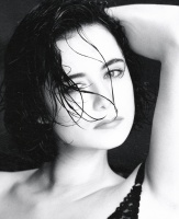 Catherine Bell - early 1990s Robert Kim BW Photoshoot x2 XjQmYWcs_t