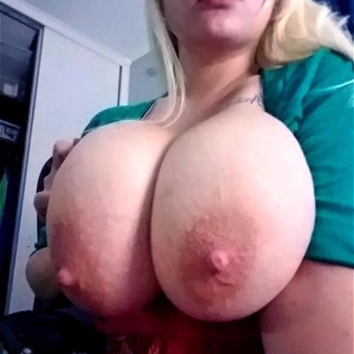 Natural hanging tits pics