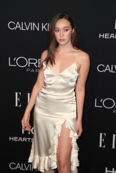 Alycia Debnam-Carey - Elle Women in Hollywood, Los Angeles October 15 2018 F0TdBUXb_t