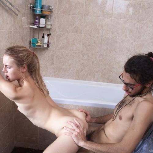 Sex in bathroom hot
