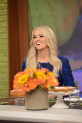 Carrie Underwood - The Chew: November 2nd 2017