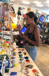 Katie Holmes - Shopping in downtown Manhattan 07/20/2019