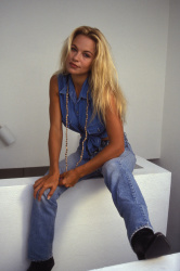 Памела Андерсон (Pamela Anderson) Barry King Photoshoot 1992 (4xHQ) C1irNpru_t